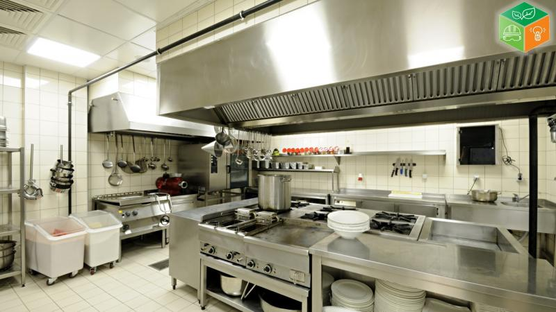 Treinamento de segurança do trabalho em cozinha industrial
